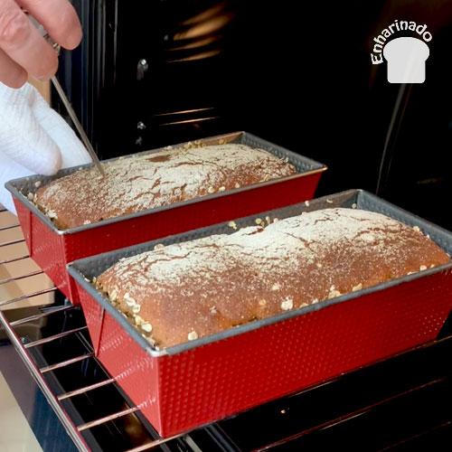 Pan de centeno, avellanas y dátiles